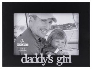 "Picture frame featuring a dad and his young daughter on a boat reading ""Daddy's Girl."""